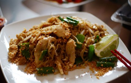 uncle ted's pad thai chicken