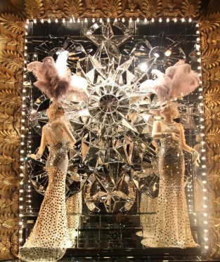 bergdorf-goodman-holiday-windows