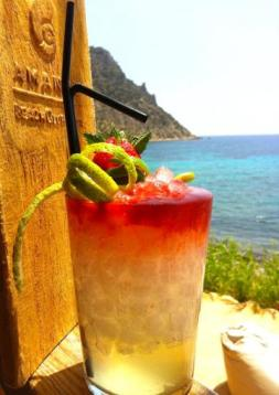 amante beach club cocktail ibiza