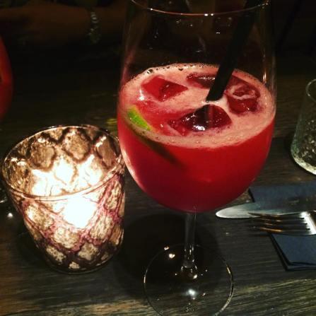 NXT door restaurant bruges framboice cocktail