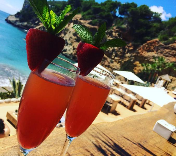 Amante Beach Club Ibiza cocktails