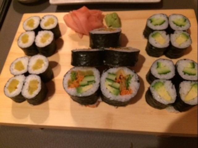 Sushi Paradise Ghent veggie sushi plate
